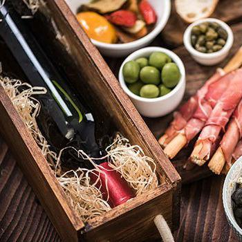 Tapas und spanische Weine