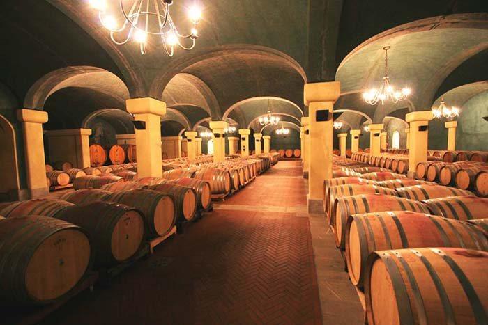 Weinkeller der Weinguts Caparzo
